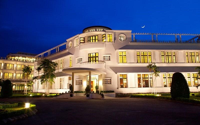 Chuỗi khách sạn Azerai La Residence Huế