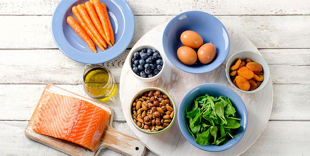 TOP 10 thực phẩm tốt cho Mắt