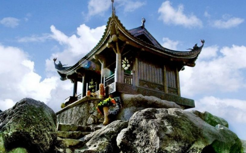 TOP 10 ngôi chùa linh thiêng nên đi ở miền Bắc